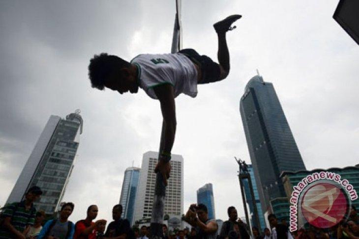 Populerkan Pole Dance