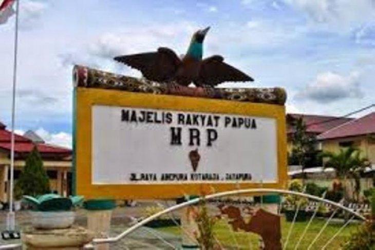 Kantor MRP di Kotaraja, Papua,  dibakar
