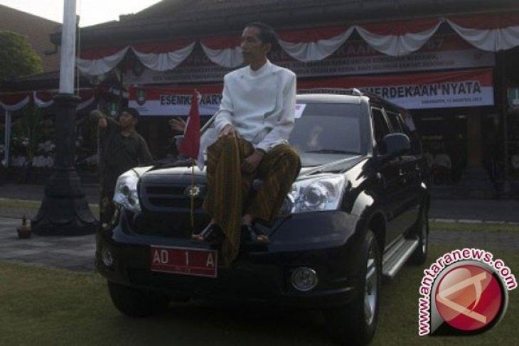 Presiden Jokowi Minta Esemka Bidik Segmen Khusus