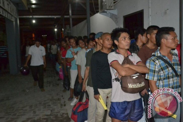 Pekerja ilegal asal Indonesia yang terbanyak ditahan di Malaysia