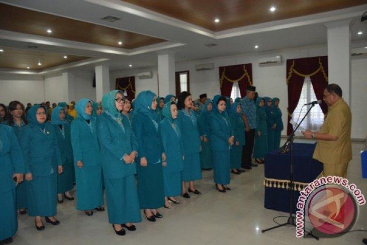 Bupati Lantik PKK Deliserdang dan Dekranasda