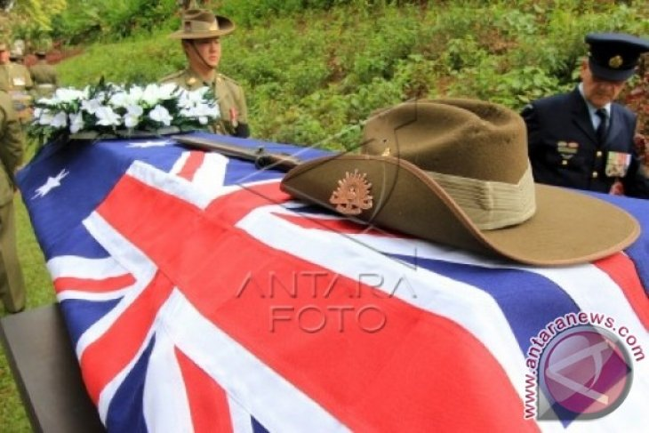 Jenazah Prajurit Australia Dimakamkan di Ambon