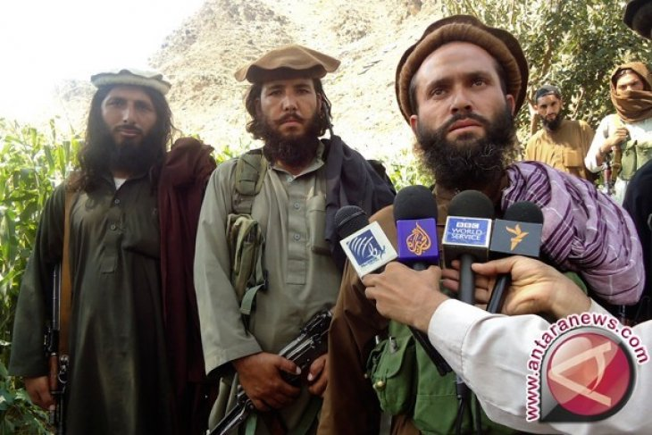 Taliban Serang Pangkalan AU di Pakistan