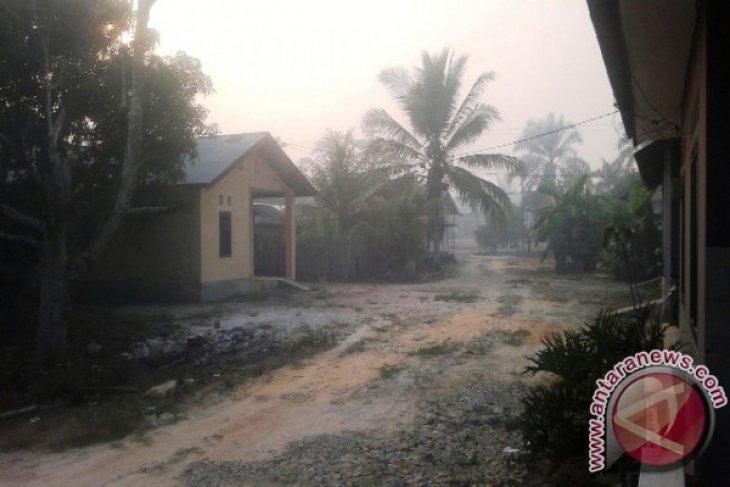 Kabut asap pekat di Penajam pada malam hingga pagi