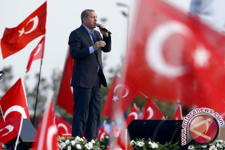 Turki kerahkan lebih banyak peralatan militer ke perbatasan Suriah