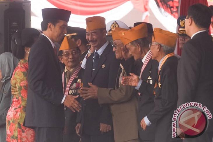 President Jokowi leads Heroes' Day ceremony in Surabaya