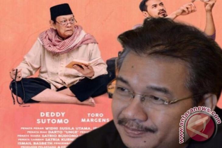 Denny JA, bersama Ram Punjabi menjadi produser eksekutif Film 'Mencari Hilal'. Foto: Antara/Istimewa