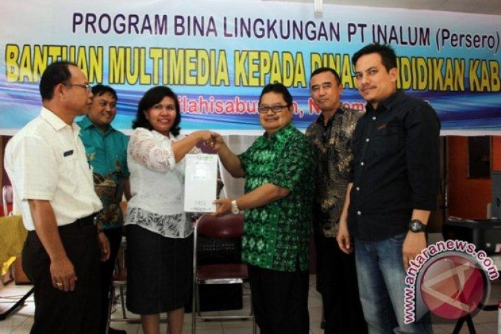 PT.Inalum Sumbang Alat Multi Media ke Disdik Dairi