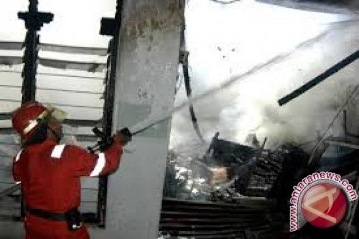 Tiga rumah terbakar di Merangin saat ditinggal berlebaran
