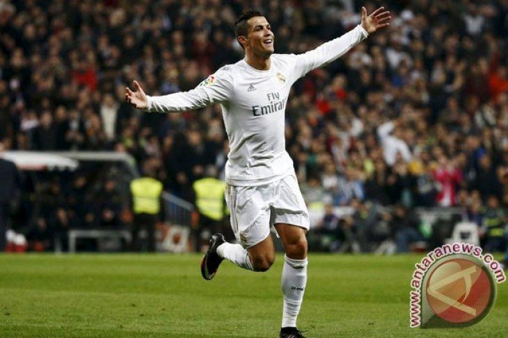 Zidane puji setinggi langit Ronaldo