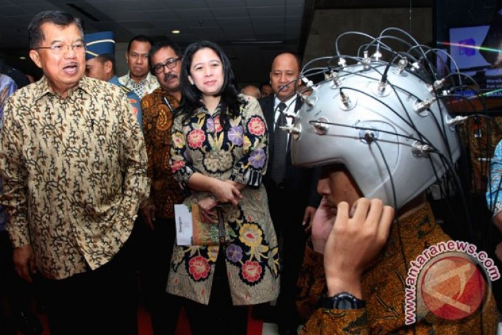 Research, technology, and education should embrace future trends: VP Kalla