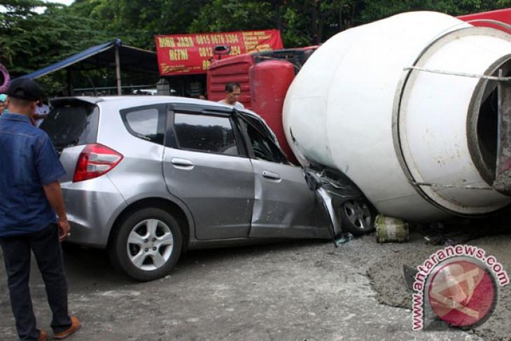 Kecelakaan truk molen di Bogor tewaskan dua orang