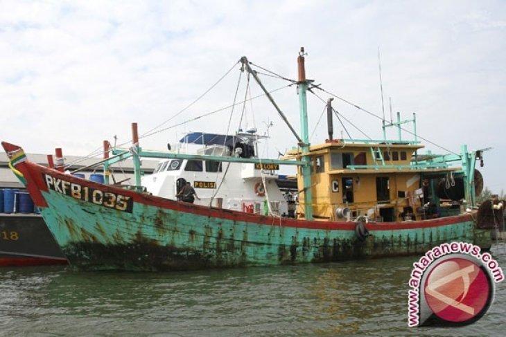 Aparat Keamanan Tangkap Kapal Ikan Asing