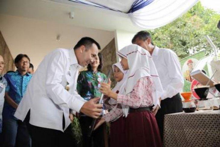Ridho Ficardo Kukuhkan Forum CSR Lampung
