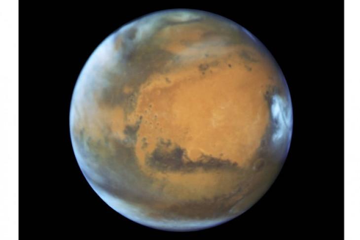 Astronom temukan es di Mars