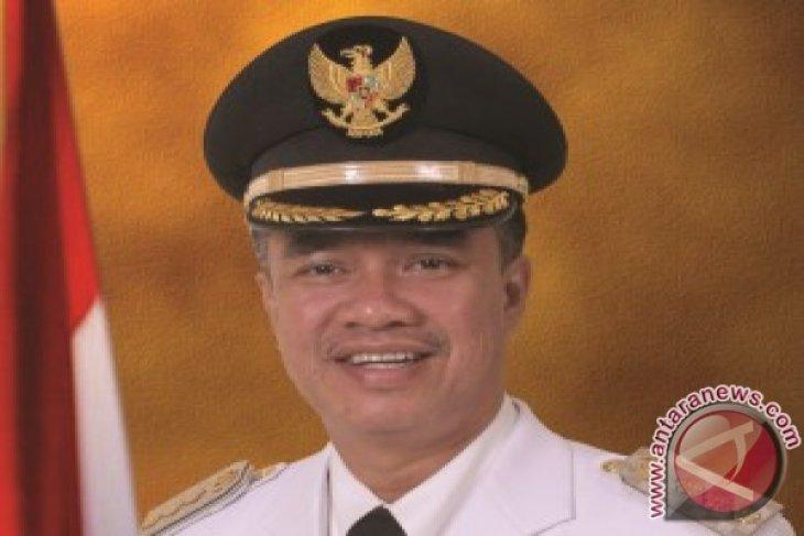 Zairin serahkan jabatan Wali Kota Samarinda kepada Syaharie Jaang