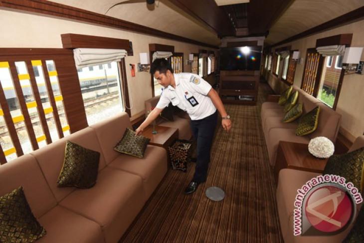 Kereta wisata Priority bisa dipesan di biro perjalanan online