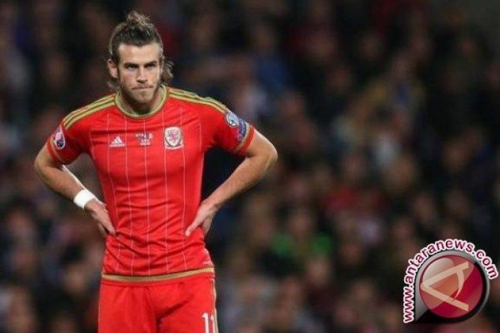 Gareth Bale mencetak trigol di China