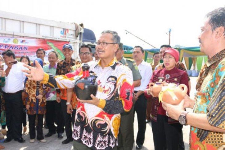 Provinsi Lampung Kirim Beras ke Aceh Medan Riau Dan Jambi