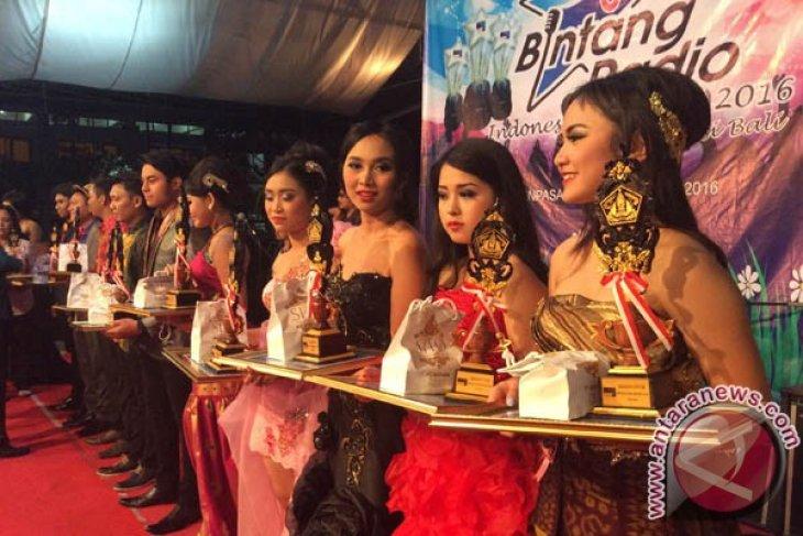 Sebanyak 45 Penyanyi  Ikut Pemilihan Bintang Radio