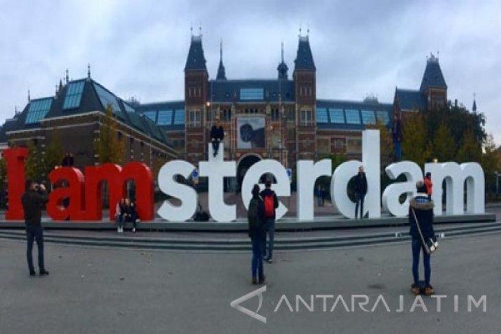 Amsterdam larang kendaraan  berpolusi mulai 2030