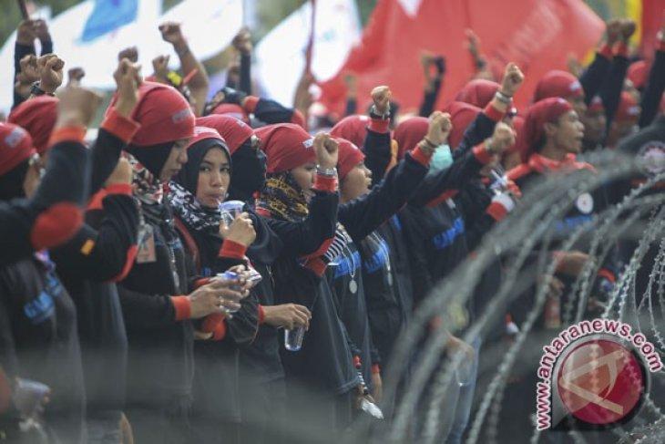 Dampak tutupnya 27 perusahaan, 900 orang kehilangan pekerjaan di Batam