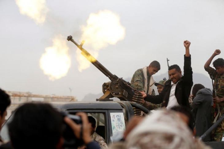 Pemberontak Houthi Yaman unjuk kekuatan di Sanaa