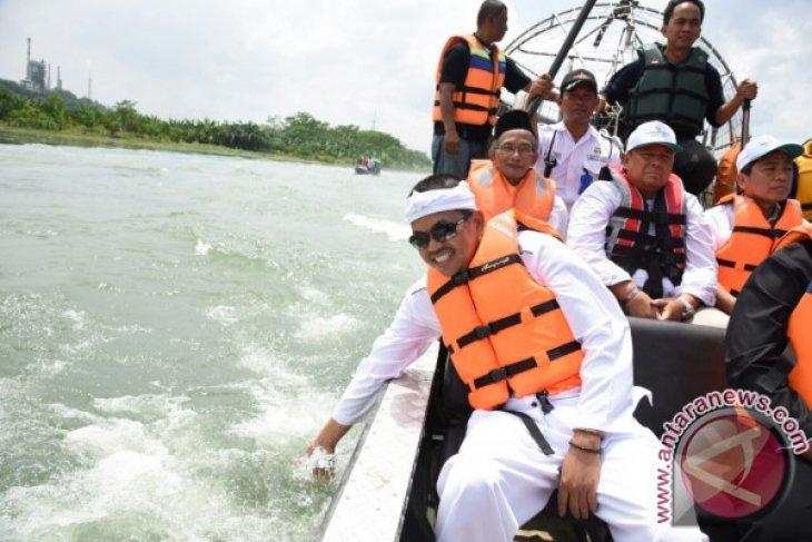 Bupati Purwakarta Bersama Dirut PJT Pantau TMA Waduk Jatiluhur