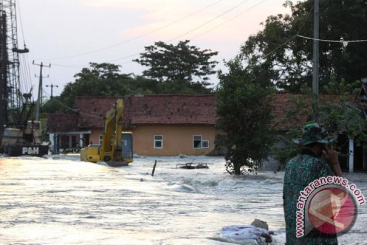Ribuan rumah di Karawang terendam banjir