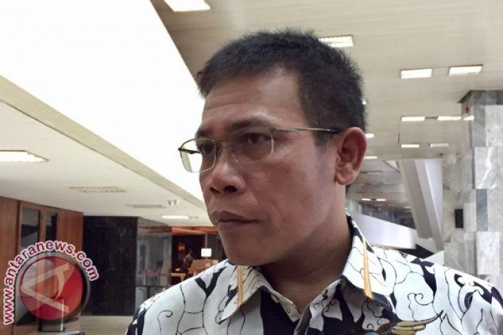 Politikus PDIP tuding Prabowo-Sandiaga bermanuver politik soal pemilih ganda