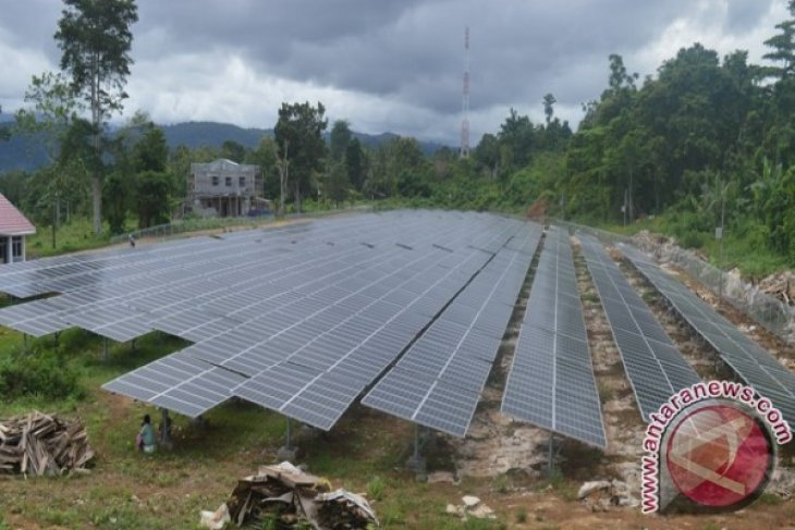 PLTS yang dibangun melalui Program Indonesia Terang di Arfai, Manokwari ini bisa menghasilkan energi lisrik sebesar 1 Mega Watt. PLTS serupa dibangun di Bumi Ma