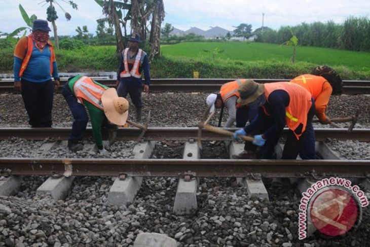 KAI continues to check railway tracks to increase security