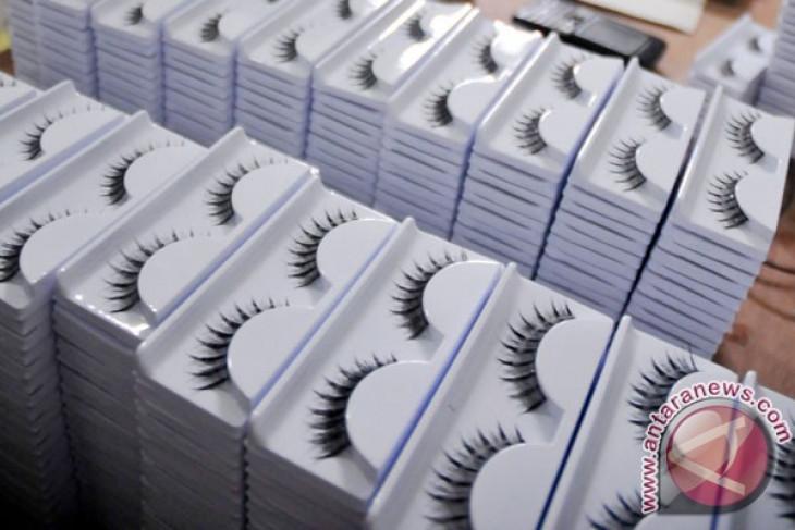 Ketua parlemen Tanzania larang perempuan anggota pakai bulu mata palsu