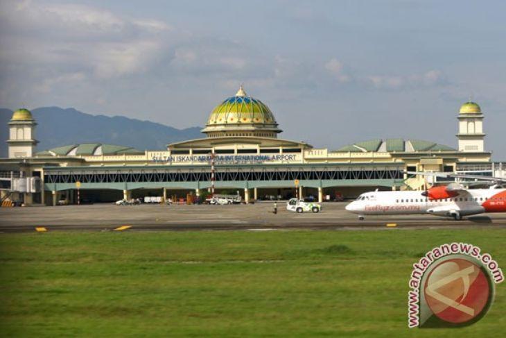 Menpar targetkan kontribusi wisata halal 25 persen
