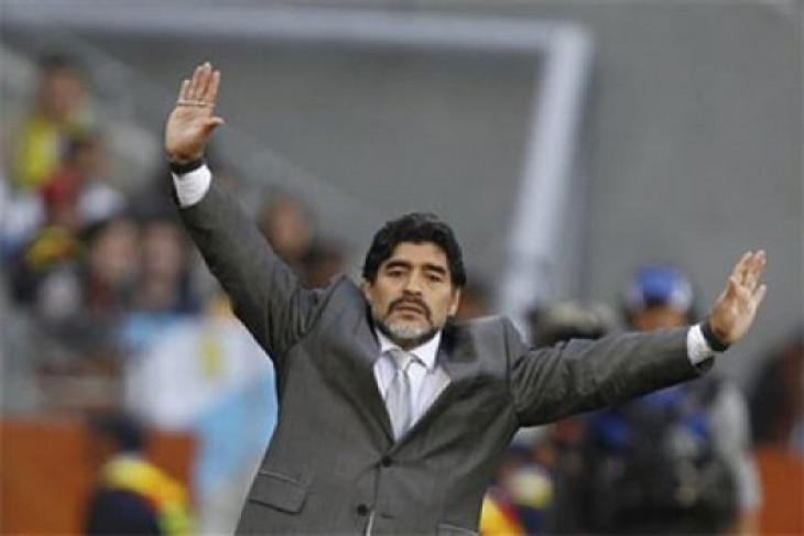 Maradona sesalkan Italia absen di Piala Dunia