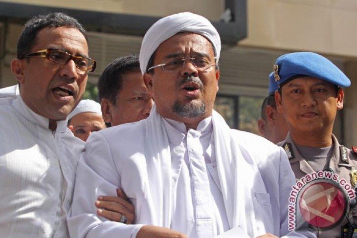Habib Rizieq dipastikan batal pulang