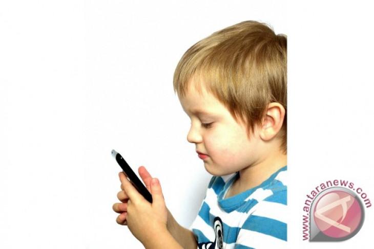 """Psikolog: waspadai dampak buruk """"gadget"""" bagi anak"""