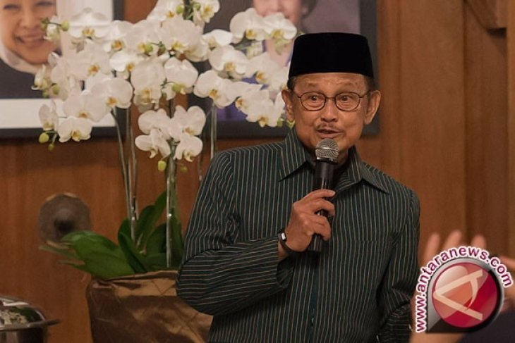Dokter pilihan Presiden Jokowi untuk BJ Habibie