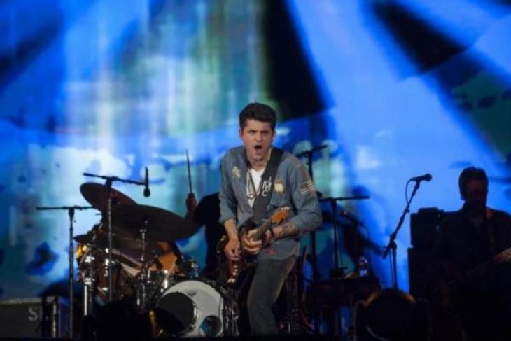 John Mayer jalani operasi usus buntu