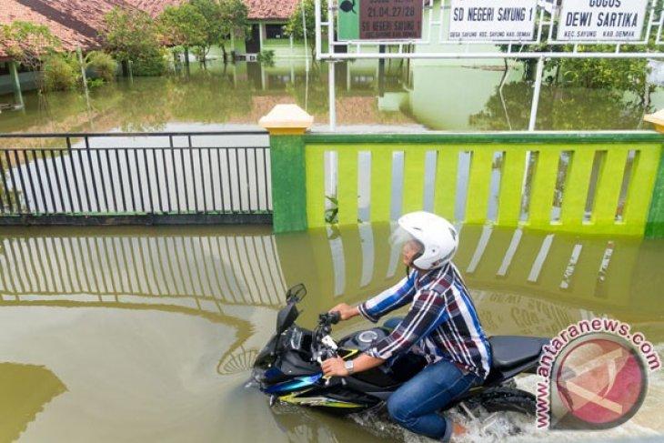 Sekolah Diliburkan Akibat Banjir