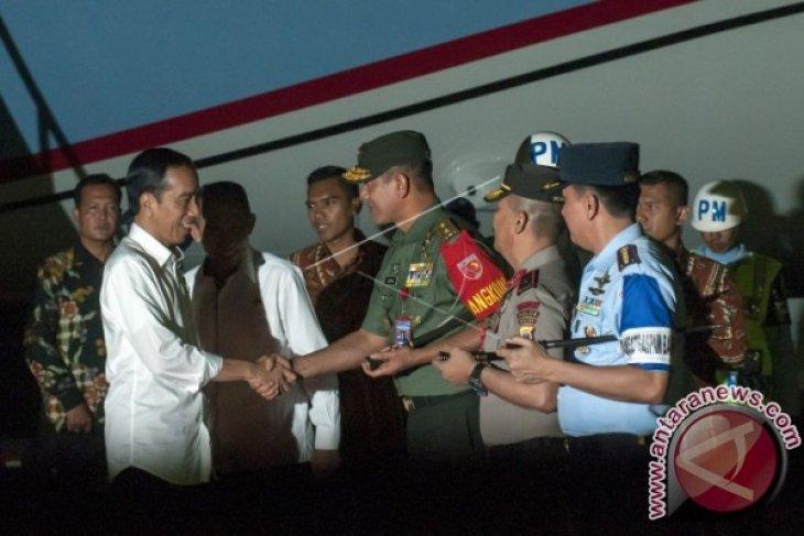 Presiden Joko Widodo Tiba di Ambon