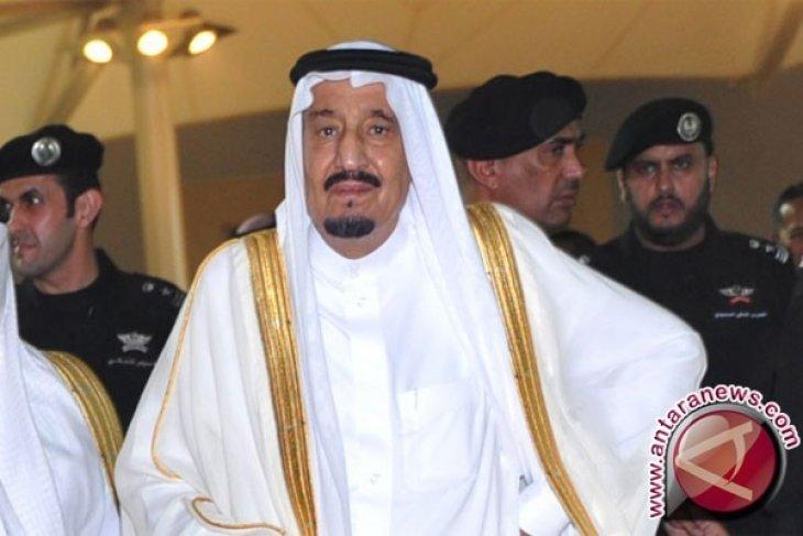 Hebohnya Kunjungan Raja Arab, Tutup Pantai Hingga Vila Bersinggasana