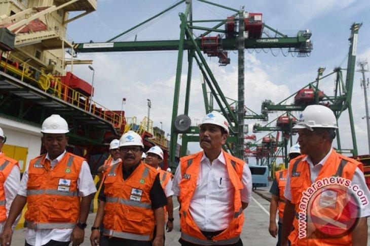 Kunjungan Kerja Ke Terminal Teluk Lamong
