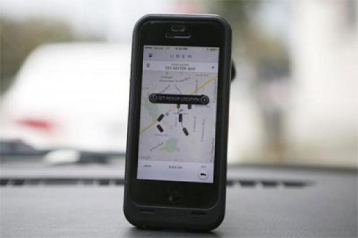 Kemkominfo harapkan masukan dishub soal pemantau taksi online