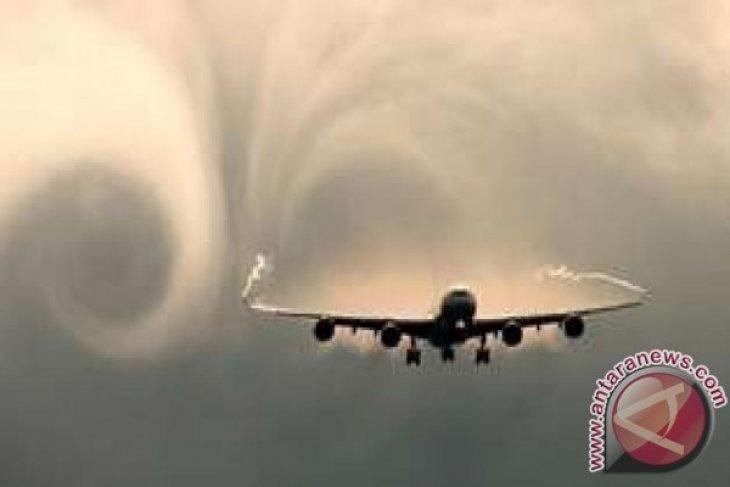 Cuaca Buruk Ganggu Penerbangan di Bandara Balikpapan
