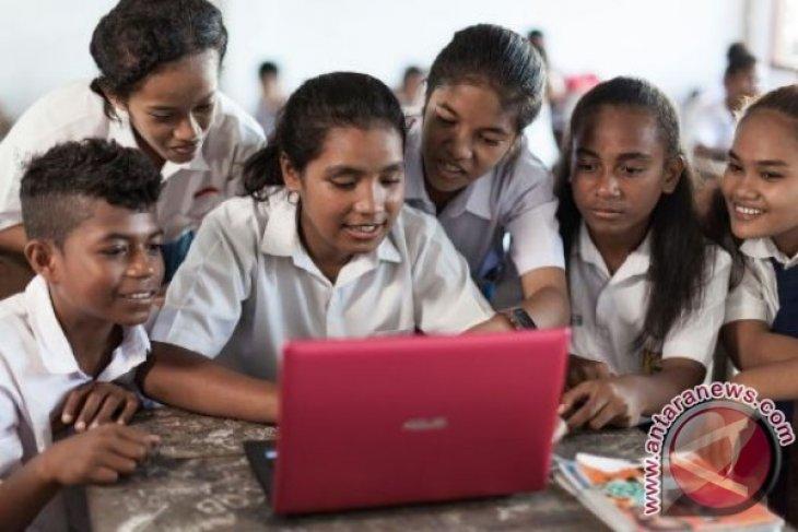 Telkomsel kampanyekan InternetBAIK ke sekolah Balikpapan