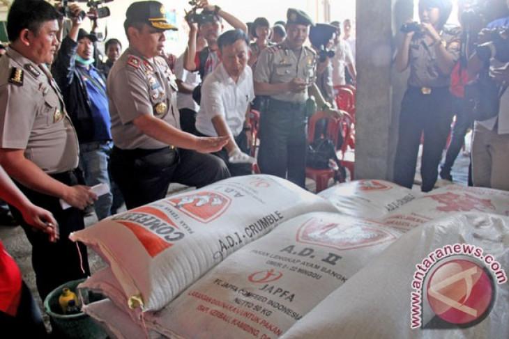 Empat jam kantor Balaikota Makassar digeledah Polda
