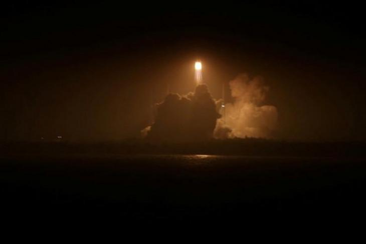 China luncurkan roket pertama buatan swasta