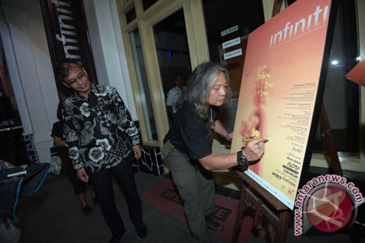 Oscar Motuloh: Sejak awal Kantor Berita ANTARA akrab dengan media online