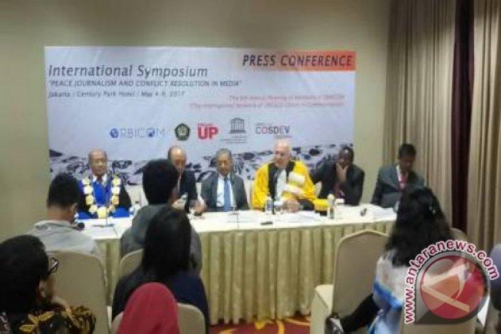 Simposium Internasional Universitas Pancasila